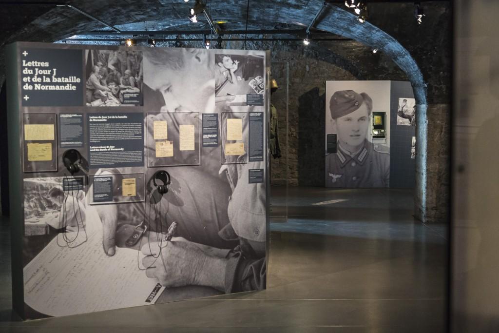 """Vue de l'exposition """"C'est le débarquement!"""" au Centre d'Histoire de la Résistance et de la Déportation à Lyon"""